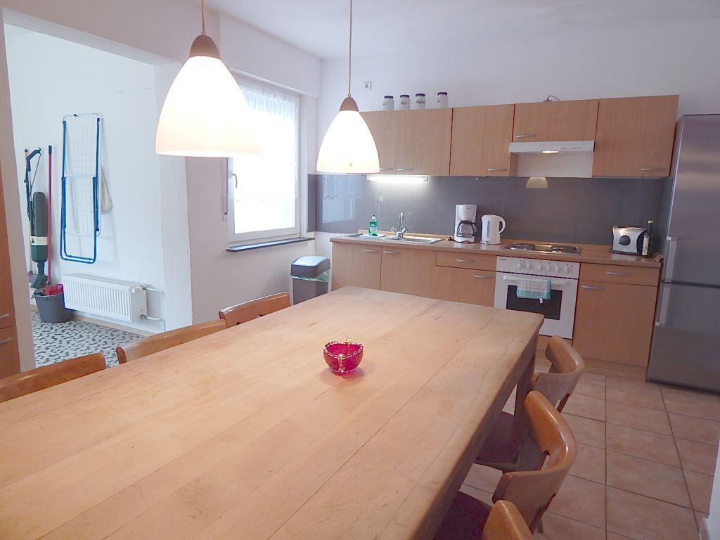 150 qm ferienwohnung mit 5 sz gartennutzun und grillplatz. Black Bedroom Furniture Sets. Home Design Ideas